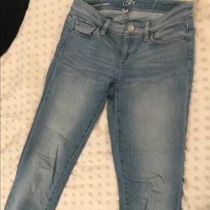 Loft 25/0 modern straight light blue jeans